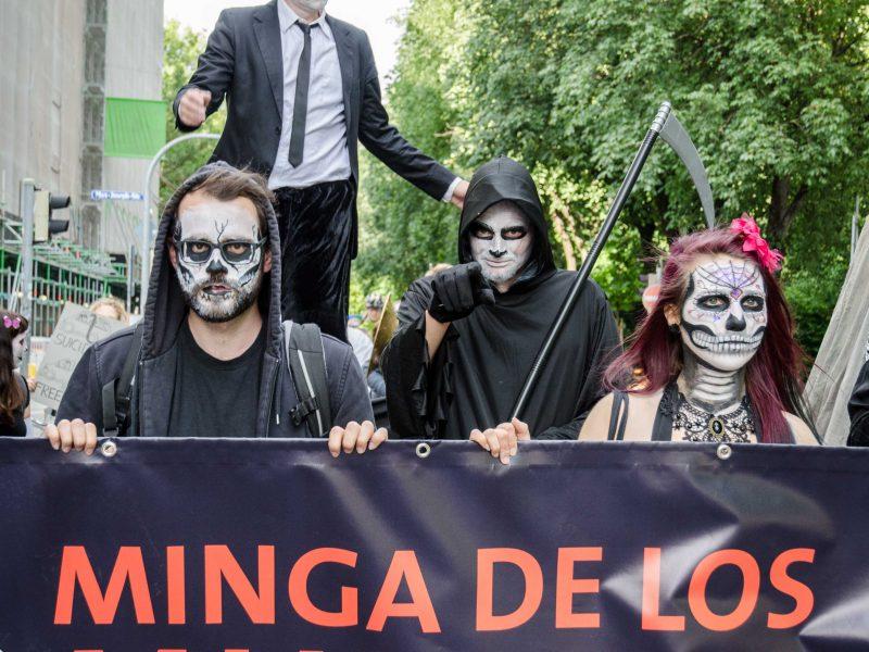 Minga De Los Muertos – Ein Trauermarsch >>